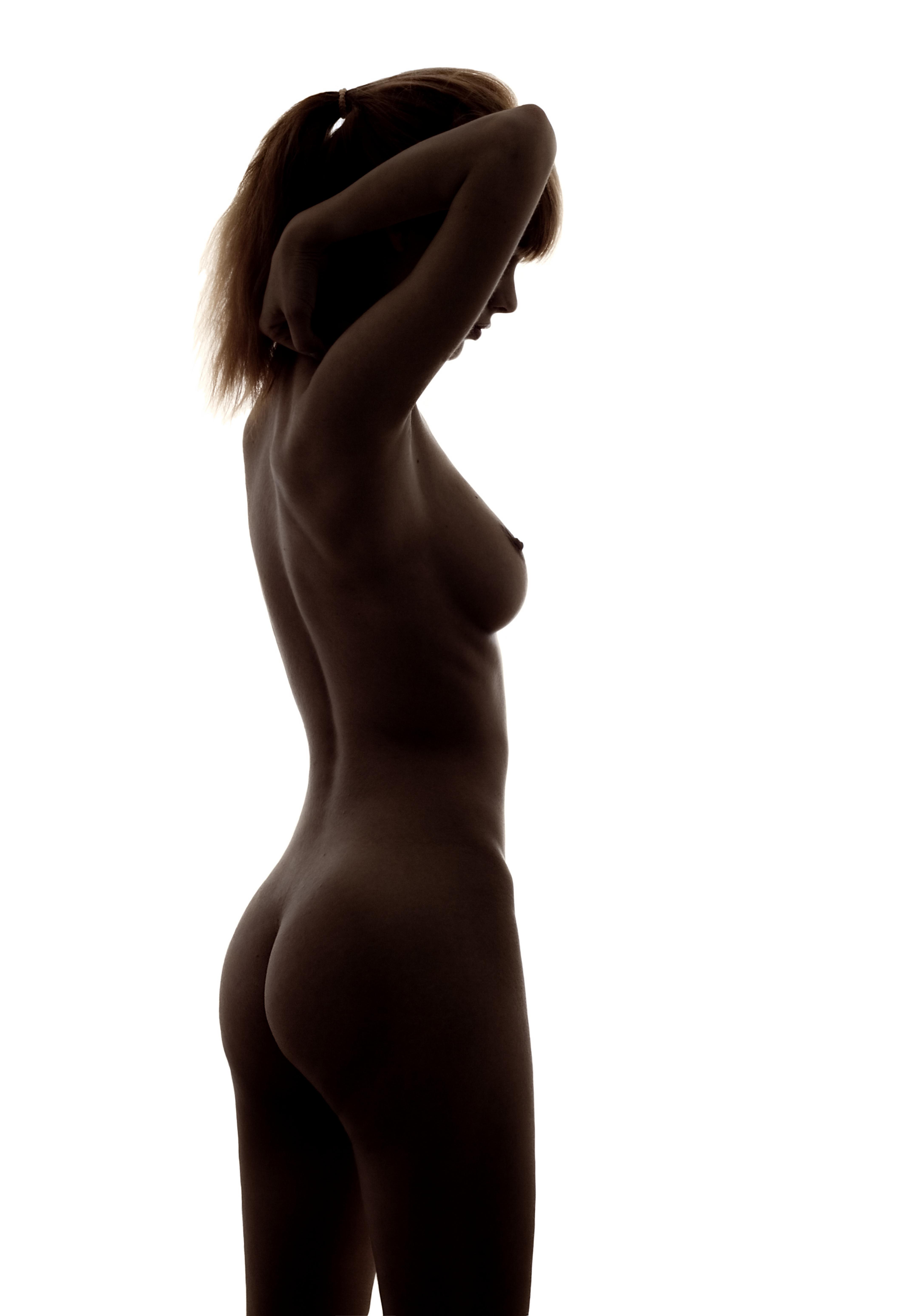 Силуэты голых девушек 23 фотография