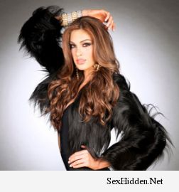 Miss Universal : Gabriela Isler November 11, 2013 at 03:25AM Miss Universe 2013, Gabriela Isler